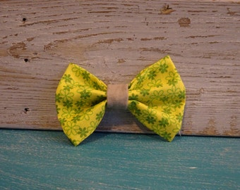 Green Meadow Bow Tie
