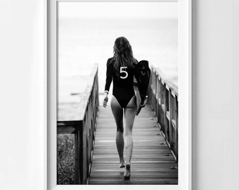 Print poster gloss Gisele Bundchen for chanel with surfboard, feminine and original decoration for the home.