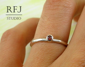 Faceted Lab Garnet Silver Ring, Dark Red CZ 2 mm Large Texture Sterling Ring Simulate Garnet Gemstone Hammered Ring Dark Red CZ 925 Silver