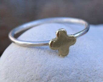 Tiny Quatrefoil Sterling Silver Stacking Ring with Polished Brass Detail