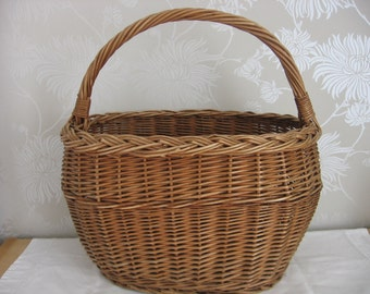 Vintage French Traditional Wicker Shopping Market Basket