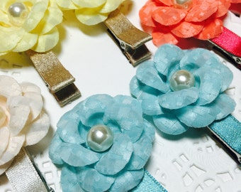 Free gift Girls hair clips set with layered flower