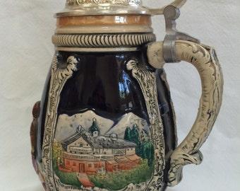 Gorgeous barrel-shaped large vintage German beer stein