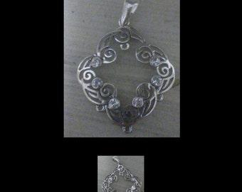 Silver/rhinestone pendant