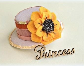 Sunflower hat - sunflower baby hat - birthday baby hat - hair accessories - baby decor - birthday decor - flower hat  - hair clips - gift