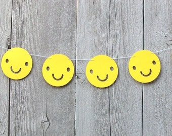Happy Smiley Face garland, Yellow Smiley face decorations, Smiley face party, Smile face decorations, Smile face emoji, Yellow party decor