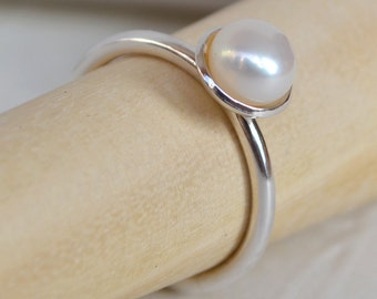 Pearl & Sterling Silver Ring - Cupped Setting