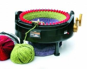Combination set: 1 Addi knitting machine express Kingsize with 46 needles 890-2 and 1 Addi knitting machine Express with 22 needles 990-2