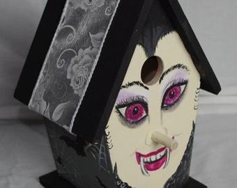 Halloween Birdhouse Ms Vampire