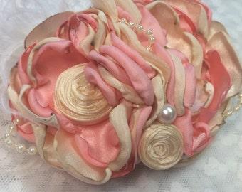 Flower pin/broaches
