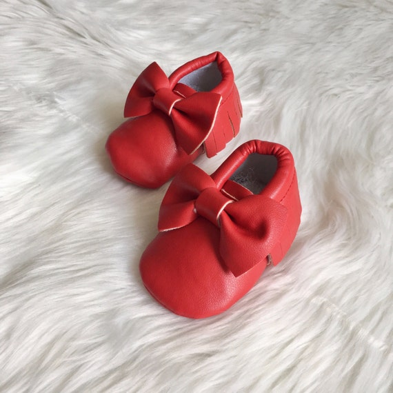 Christmas gifts for vegans: Vegan leather baby moccasins