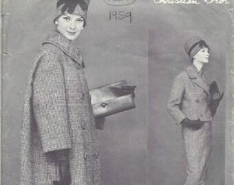 1959 Vintage VOGUE Sewing Pattern B34 SUIT COAT Jacket Skirt Scarf (1381) Christian Dior Vogue 1472