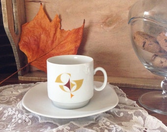 Lot of 6 cups and saucers vintage