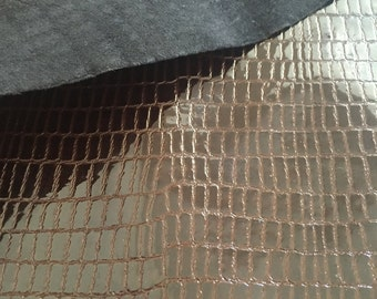 Genuine cow leather varnished hide thickness of 1 mm, Full Hides,  brown varnished snake printed style