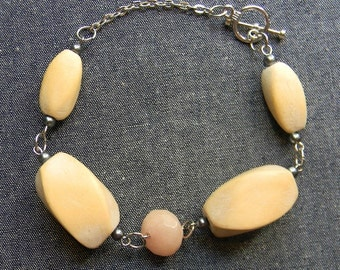 Sassy Country Bracelet made with Wooden and Glass Beads