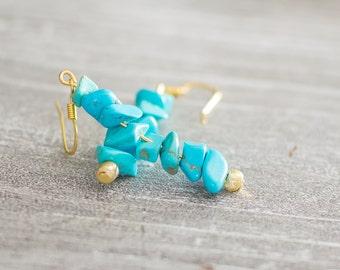 Earrings long thin Golden semiprecious stone turquoise Magnesite