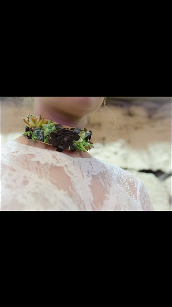 Floral Choker - Succulents/Living Jewellery