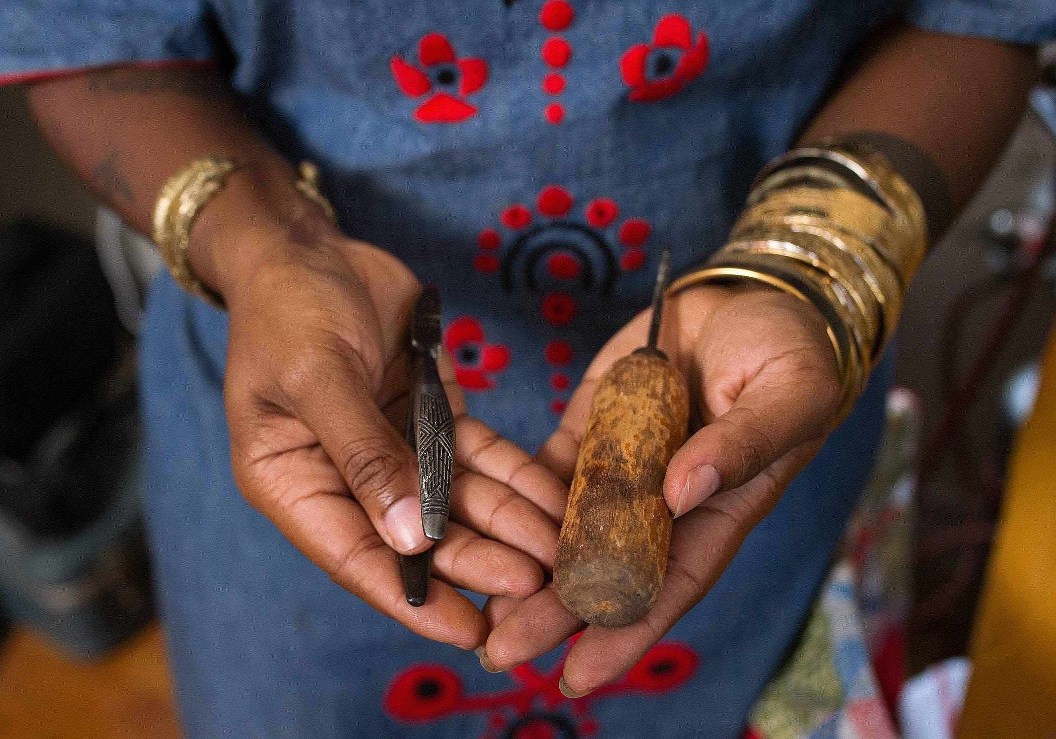 Inspiring Workspaces: Lingua Nigra, vintage hand tools