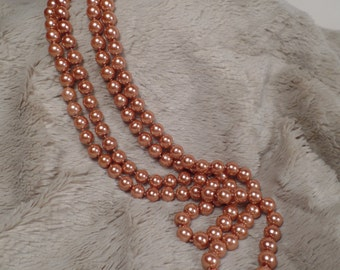 Fabulous Faux Pearl Necklace with Lovely Mink Color