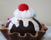Chocolate Marshmallow Sundae Pin Cushion