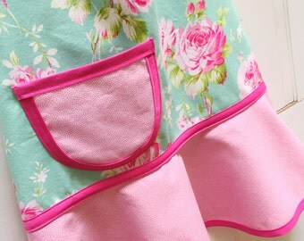 Kids Apron, Little Girls Apron, Girls Apron, Child Apron, Toddler Apron, Teen Apron, Floral Apron, Pink, Teal  - JADE & PINK BOUQUET