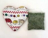Catnip  Heart Toy with Catnip Refillable Cats & Yarn