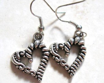 Hypoallergenic Antique Silver (Platinum/Rhodium) Wire/Rope Wrap, Squiggles Heart Charm Rubber Back Dangle French Hook Earrings, Nickel Free
