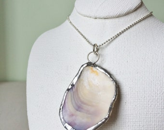 Necklace - Shell pendant 010