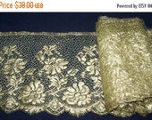 "SUMMER SALE Gorgeous VINTAGE Antique 20's Nos Metallic Gold Net Lace Edging French 8.3/8"" Wide Flapper Flowers Millinery"