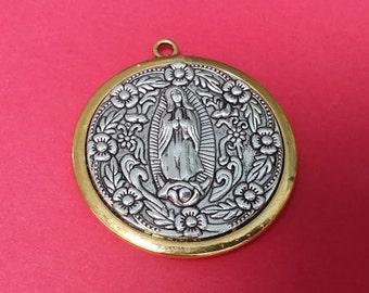 Virgen de guadalupe Round Pendant
