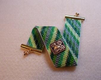 Green stripes bracelet