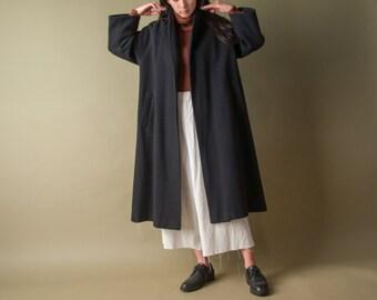 oversized black wool coat / minimalist swing coat / vtg 80s coat / s / 1061o