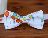 Mens Balloon Bow Tie - White bowtie with orange green blue balloons - birthday bow tie for men and boys - custom ties