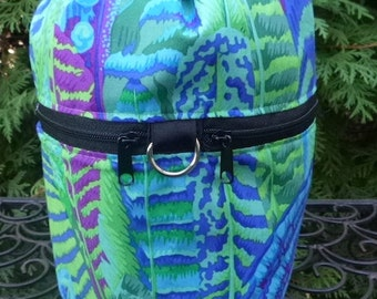 Feathers Knitting project bag, drawstring bag, knitting in public bag, small project bag, Kaffe Fassett Feathers Green, Kipster