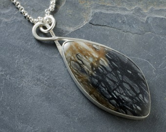Picasso Marble Pendant Necklace in Sterling Silver