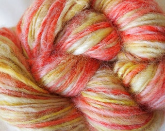 WILD CITRUS Handspun Wool Yarn Coopworth Yearling Fleecespun 194yds 3.75oz 7-8wpi aspenmoonarts knitting artyarn