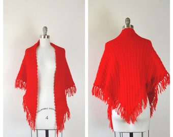red knit fringe shawl / gypsy boho LIPSTICK red cape
