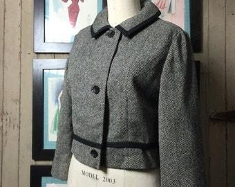 Fall sale 1950s jacket tweed jacket 50s jacket wool jacket size large Vintage blazer suit jacket black and white