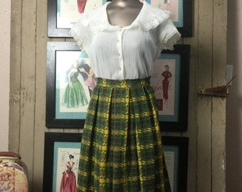 Sale 1950s plaid skirt 50s wool skirt size x small Vintage skirt school girl skirt