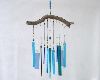 Blue Glass Wind Chime with Manzanita, Blue Windchime, Blue Glass Chimes, Ocean Colors