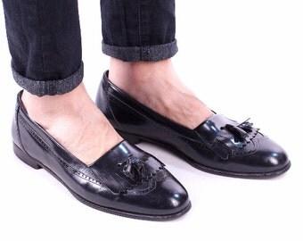 size men 9 LeatherTASSEL LOAFERS Shoes 80s Flats Slip On Driver Moccasins Deep Black Fringe Italy Shoes Size Us men 9, Eur 43, UK 8.5