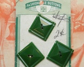 Vintage Buttons Green Set Original Card Early Plastic