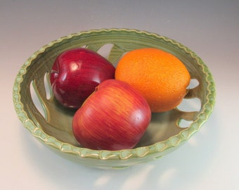 Pottery Fruit Bowl/Berry Bowl/Fruit Serving Bowl