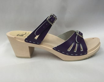 Purple Medium heel sandal