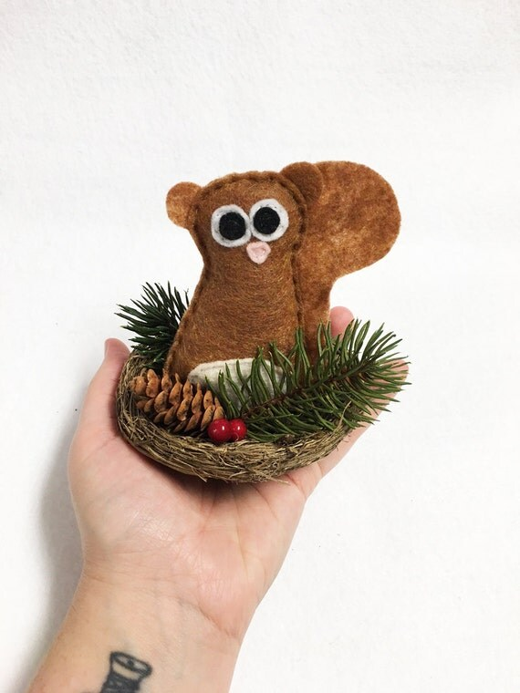 Squirrel Nest, Christmas Decoration, Sherlock the Squirrel, Winter Nest, Pinecone and Berries, Centerpiece