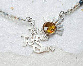 Here comes the sun silver and agate necklace with a beautiful yellow cz sun