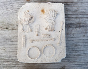 Vintage plaster mold for jewelery /rings