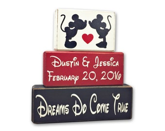 Disney wedding gift, mickey and Minnie Mouse personslized sign, wood sign blocks