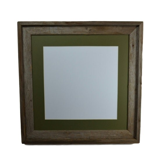 16x16 Frame With Green Mat For 12 X 12 Prints Or