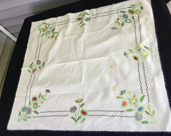 Vintage Hand Embroidery Flowers Luncheon Cloth/Tablecloth